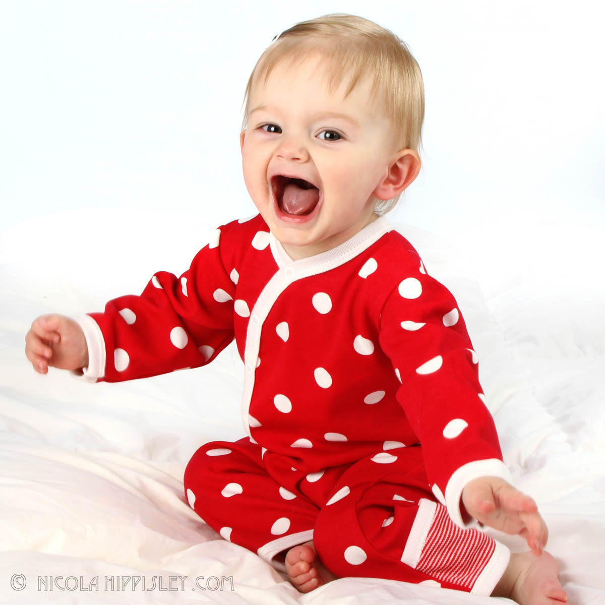 1laughing_baby_in_red.jpg